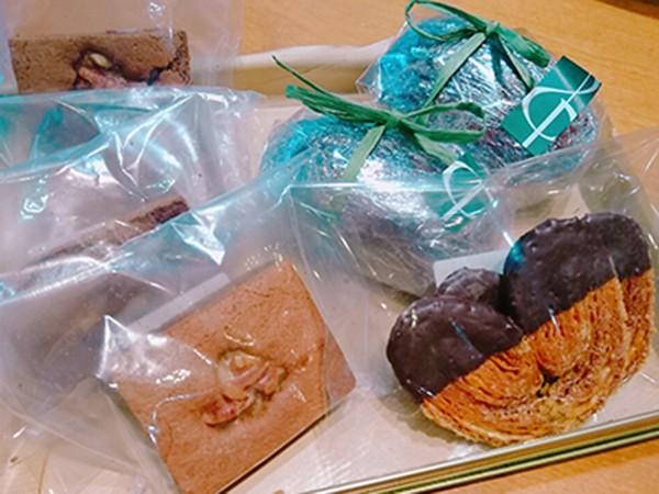 チョコレートの焼き菓子